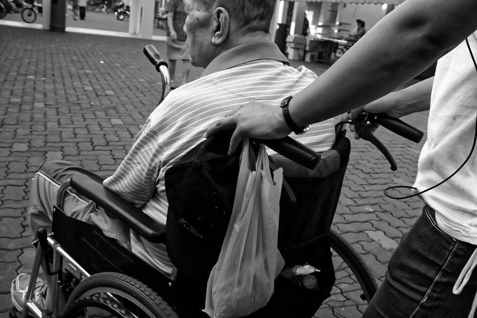 wheelchair-952183_960_720